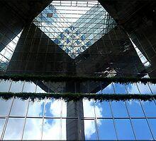 Amazing London - Urban geometries and reflections at the Docklands - (UK) by Daniela Cifarelli