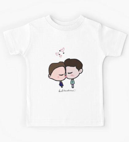 Kurtbastian Kisses Kids Tee
