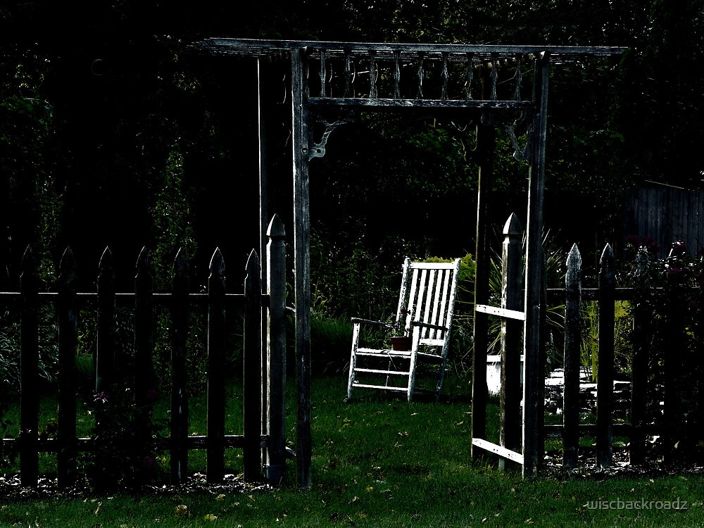 Garden In The Moonlight by wiscbackroadz