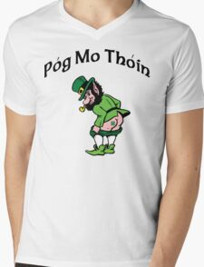 "Irish ""Pog Mo Thoin"" Kiss My A...  Mens V-Neck T-Shirt"