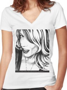 just one look Women's Fitted V-Neck T-Shirt