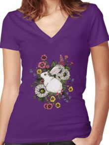 Rabbit in Flowers Women's Fitted V-Neck T-Shirt