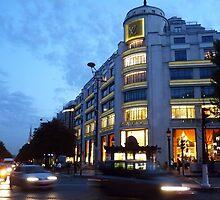 Louis Vuitton Champs-Élysées by Havoc