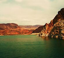 Lake Mead, Nevada USA by samh0731