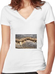 Crocodile mouth Women's Fitted V-Neck T-Shirt