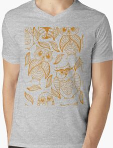 Four different brown owls Mens V-Neck T-Shirt