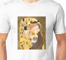 Stoick and Valka's Kiss Unisex T-Shirt