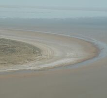 Lake Eyre, from the air. by elphonline