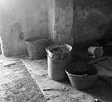 Inside of a labor house -Dentro de una casa de labor- by Rafael López