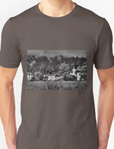 Obertraun walks 7 b&w T-Shirt