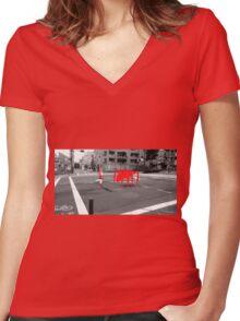 Monogatari – Red Crab Women's Fitted V-Neck T-Shirt