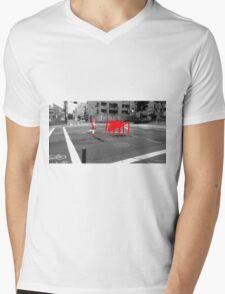 Monogatari – Red Crab Mens V-Neck T-Shirt