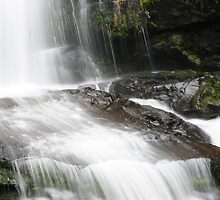 erskines falls by Davegazzard