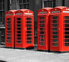 Group of Red telephone boxes London by Chris L Smith
