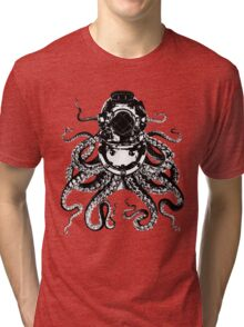 Octopus in a diving helmet Tri-blend T-Shirt