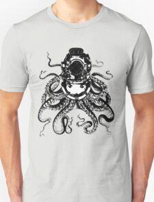 Octopus in a diving helmet T-Shirt