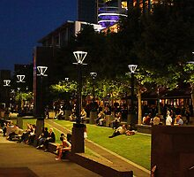 Southbank at night, Melbourne by FrankZ