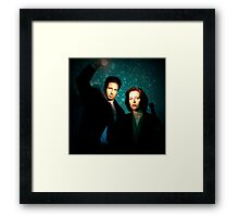 X-files, Scully and Mulder Framed Print