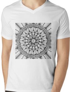 Zendala - Zentangle®-Inspired Art - ZIA 30 Mens V-Neck T-Shirt