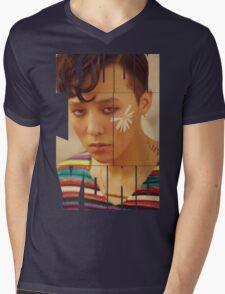 BIGBANG G-Dragon 'Kwon Ji Yong' Typography Mens V-Neck T-Shirt