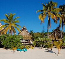 Cook Islands - Aitutaki Escape by Geoffrey Grinton