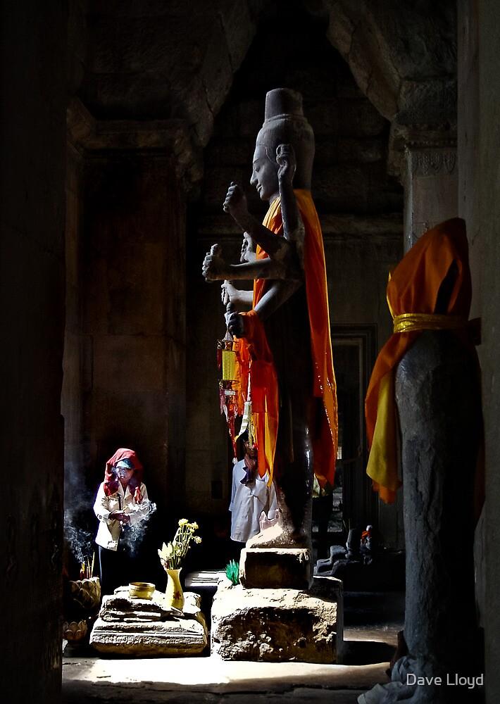 Vishnu At Angkor by Dave Lloyd