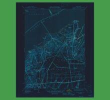 Massachusetts  USGS Historical Topo Map MA Vineyard Haven 352285 1944 31680 Inverted Kids Tee