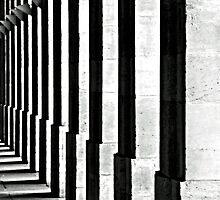 Pillars by loinfr
