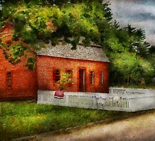 Country - Farm - A small farm house  by Mike  Savad