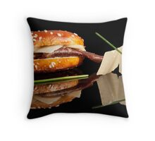 Mini tapa I Throw Pillow
