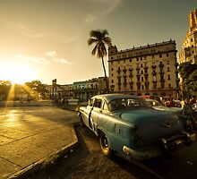 Habana Sunset  by Rob Hawkins