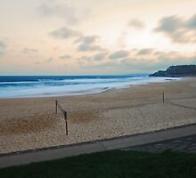 Newcastle Beach, End of Busy Day by bazcelt