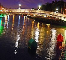 Bubble Floats-Liffey River by Ferdinand Lucino