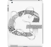 Zentangle®-Inspired Art - Tangled Alphabet - G iPad Case/Skin