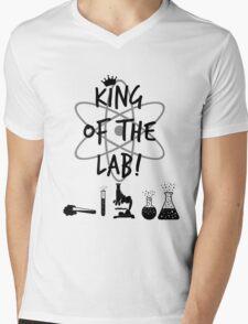 King of the Lab! 2 Mens V-Neck T-Shirt