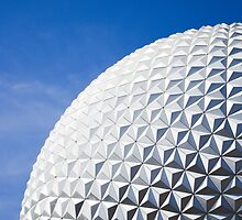 giant golf ball by Joshua Poon