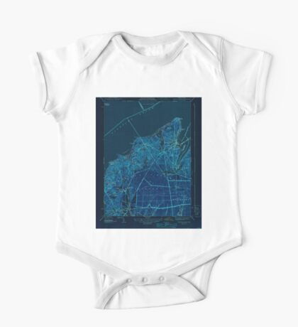 Massachusetts  USGS Historical Topo Map MA Vineyard Haven 352283 1944 31680 Inverted One Piece - Short Sleeve