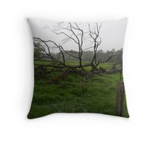 THE OLD TREE IN HEAVY RAIN Throw Pillow