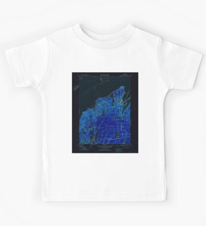Massachusetts  USGS Historical Topo Map MA Vineyard Haven 352286 1951 31680 Inverted Kids Tee