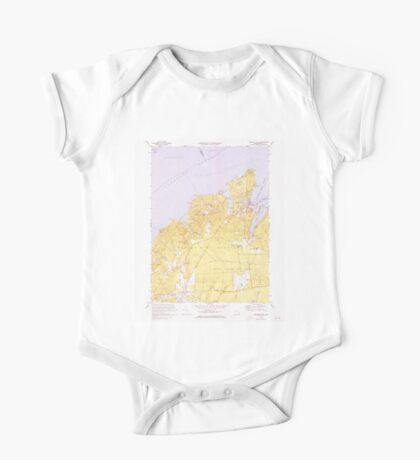 Massachusetts  USGS Historical Topo Map MA Vineyard Haven 351379 1972 25000 One Piece - Short Sleeve
