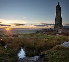 Wainman's Pinnacle, Earl Crag by SteveMG