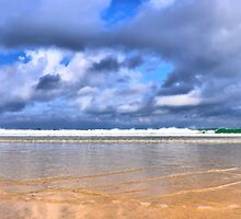 fistral beach by Mike Higgins