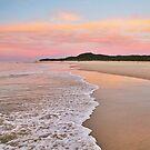 Pastel beach sunset on Moreton Island by Keiran Lusk