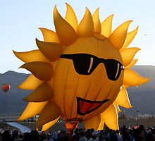 SunFace Hot Air Balloon by Nina Hofstadler