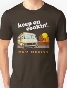 Funny - Keep on Cookin'! (Distressed Vintage Look) Unisex T-Shirt