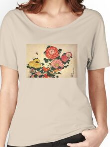 'Chrysanthemum and Bee' by Katsushika Hokusai (Reproduction) Women's Relaxed Fit T-Shirt