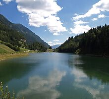 A small Lake in the Austrian Alps by Lee d'Entremont