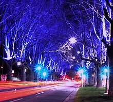 st kilda rd | melbourne by Anthony Hennessy