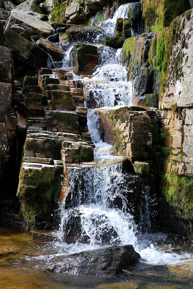Waterfall by Dfilyagin