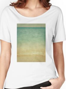 blurred waves Women's Relaxed Fit T-Shirt